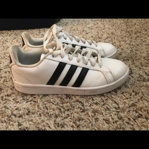 Size 7.5 adidas shoes